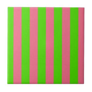 Rayas verdes, rosadas del caramelo azulejo cuadrado pequeño