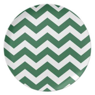 Rayas verdes y blancas de Chevron Plato Para Fiesta