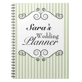 Rayas verdes y blancas que casan el cuaderno del