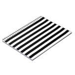 Rayas verticales blancos y negros del árbitro spiral notebooks
