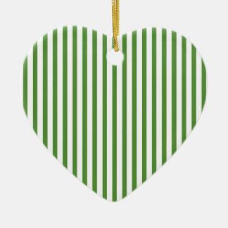 Rayas verticales verdes adornos