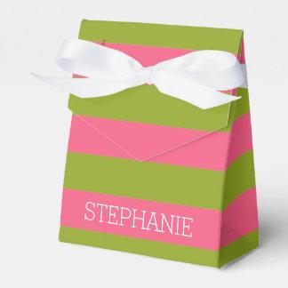 Rayas vibrantes del rugbi del rosa y de la cal con cajas para regalos de fiestas