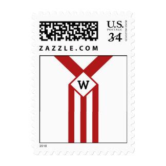 Rayas y galones rojos con el monograma en blanco sello postal
