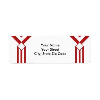 Rayas y galones rojos en la etiqueta de dirección
