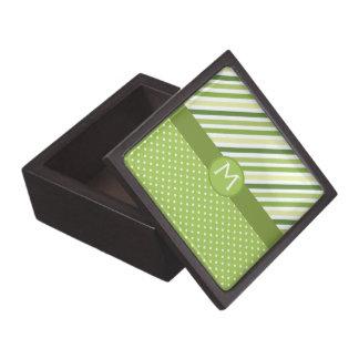 Rayas y lunares verdes cajas de recuerdo de calidad