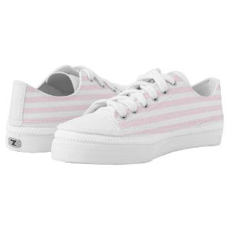 Ráyeme encima de los zapatos rosados del top del zapatillas