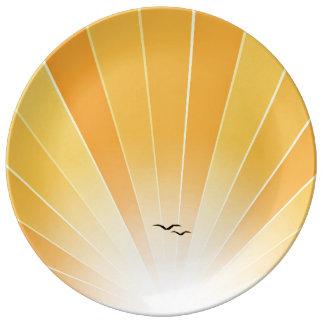 """Rayo de sol amarillo y placa """"suelta"""" de las gavio plato de cerámica"""