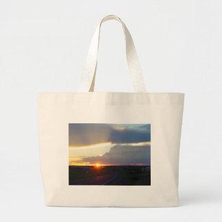 Rayo de sol de la tormenta de la puesta del sol bolsa tela grande