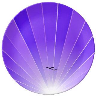 """Rayo de sol púrpura y placa """"suelta"""" de las gaviot plato de cerámica"""