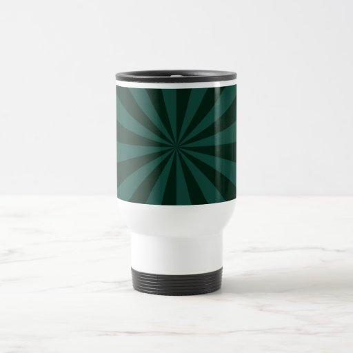 Rayos de sol en taza verde