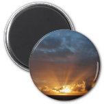 Rayos del Sun en el amanecer Imán De Frigorifico