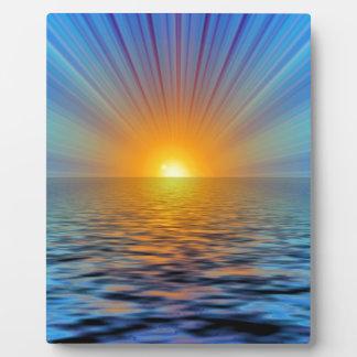 rays-687316 DIGITAL SUNRISE  OCEAN RIPPLES BACKGRO Plaque
