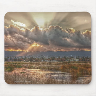Rays at sunset Mousepad
