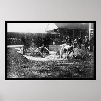 Raza 1912 de la pista de la carrera de obstáculos posters