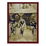 Raza de bicicleta del vintage tarjetas postales