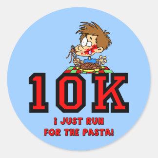 Raza divertida 10K Pegatina Redonda