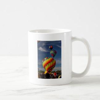 Raza magnífica Decatur Alabama del globo del aire  Taza De Café