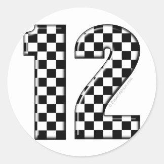 raza número 12 etiquetas redondas