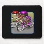 Raza para mujer de la bici alfombrillas de ratón