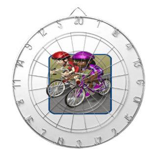Raza para mujer de la bici tablero de dardos