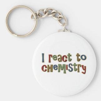 Reacciono a la química divertida llaveros