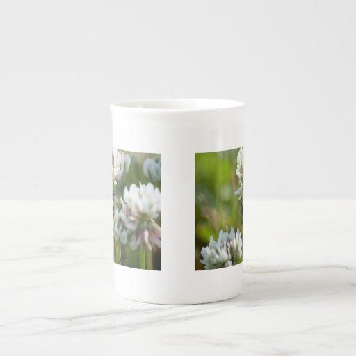 Reaching for Pollen; No Text Porcelain Mug