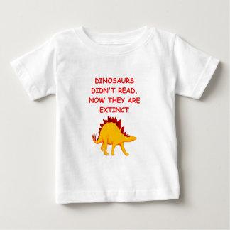 reading baby T-Shirt