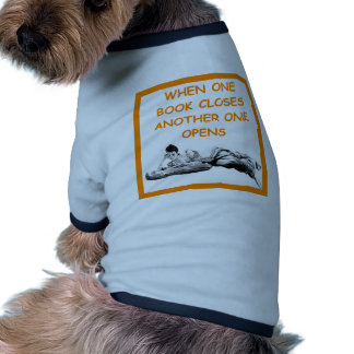 reading pet tee shirt