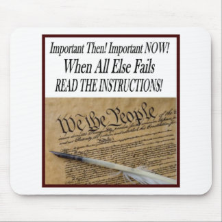 Reading the Constitution Mouse Pad