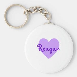 Reagan en púrpura llavero