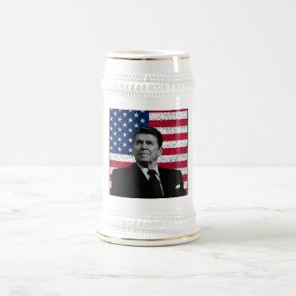 Reagan y la bandera americana tazas de café