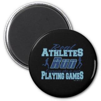 Real athletes Run Magnet