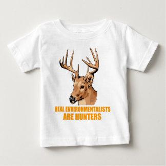 Real Environmentalists Are Hunters Tshirt