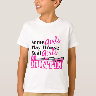 Real Girls Go Huntin' T-Shirt
