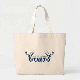 REAL GIRLS WEAR CAMO BAGS