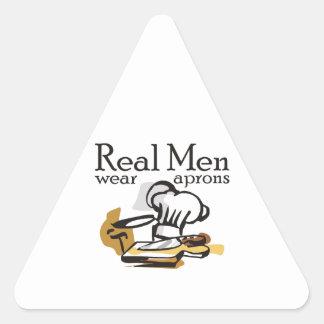 REAL MEN WEAR APRONS TRIANGLE STICKER