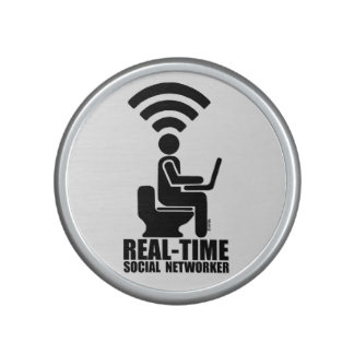 Real-time social networker speaker