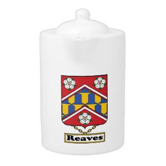 Reaves Family Crest