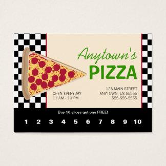 Rebanada de la pizza y lealtad negra de la pizza tarjeta de negocios