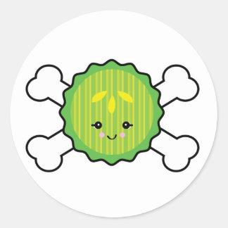 rebanada de la salmuera del kawaii y diseño de la etiqueta redonda