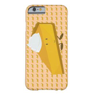 Rebanada sonriente del pastel de calabaza funda de iPhone 6 barely there
