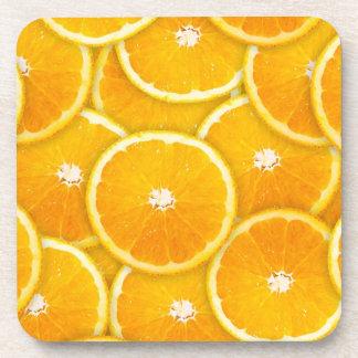 Rebanadas anaranjadas posavasos de bebida