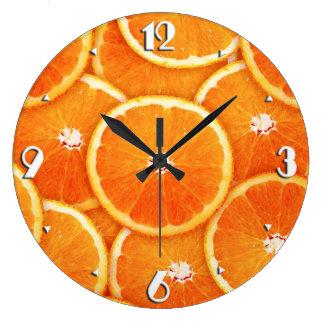 Rebanadas de la mandarina reloj redondo grande