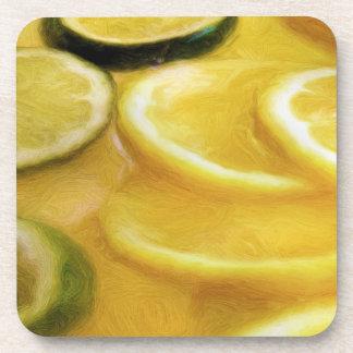 Rebanadas del limón y de la cal posavasos de bebidas
