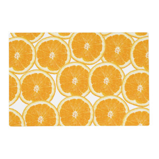 Rebanadas del naranja de la fruta cítrica del salvamanteles