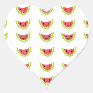Rebanadas felices de la sandía pegatina en forma de corazón