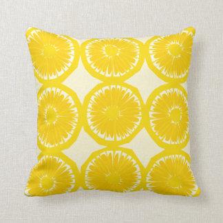 Rebanadas grandes del limón cojín decorativo