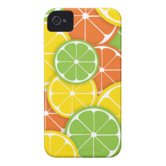 Rebanadas redondas jugosas del naranja de la cal funda para iPhone 4 de Case-Mate