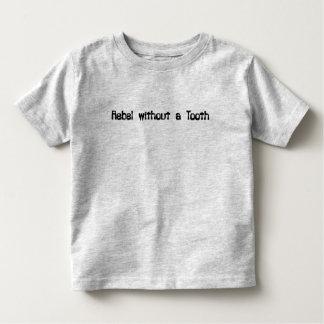 Rebelde sin un diente playera de bebé