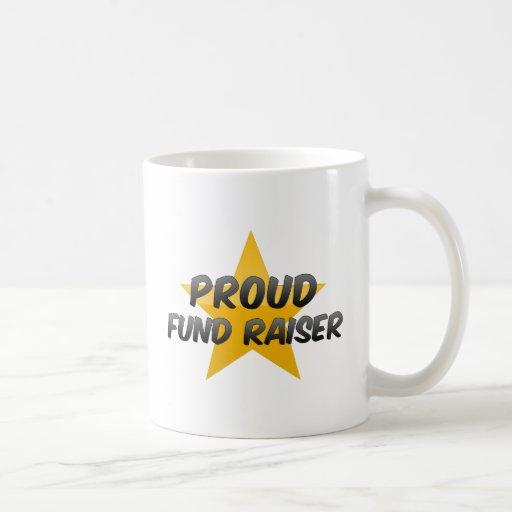 Recaudador de fondos orgullosa taza